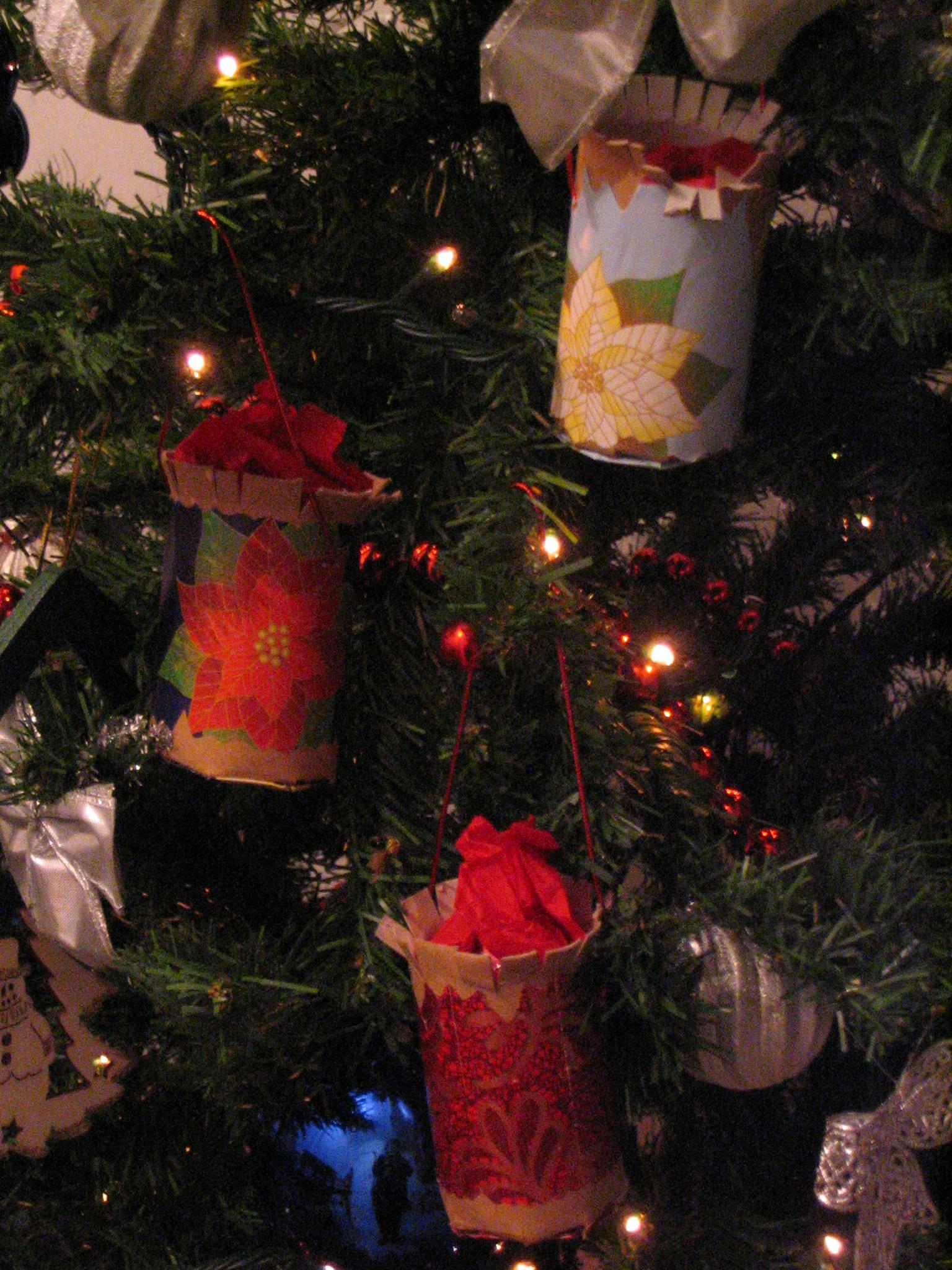Decorazioni per albero e segnaposto di natale tina festa - Decorazioni di carta per albero di natale ...